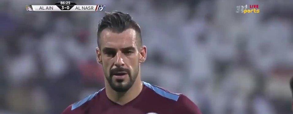 Alvaro Negredo ilk maçında penaltı kaçırdı