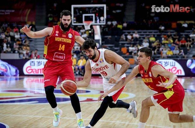 Türkiye-Karadağ maçından kareler