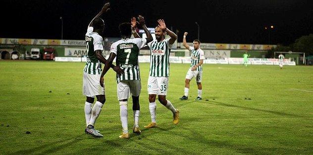 Giresunspor, sahasında konuk ettiği Eskişehirspor'u 3-1 mağlup etti