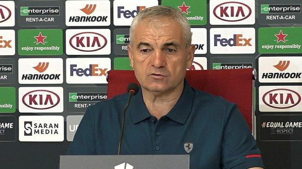 Sivasspor Teknik Direktörü Rıza Çalımbay: Biz bu maçları Türkiye için oynuyoruz #