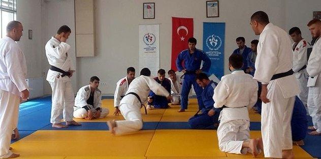 Judocuların hedefi altın madalya