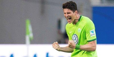 Wolfsburg ilk maçta Gomez ile güldü!
