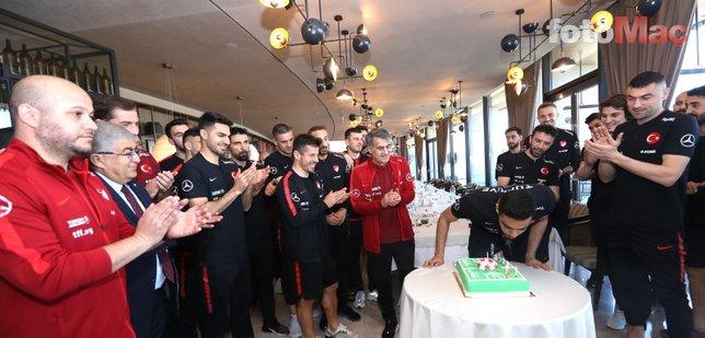 Moldova maçı öncesi A Milli Takım'da Ozan Kabak'a doğum günü kutlaması