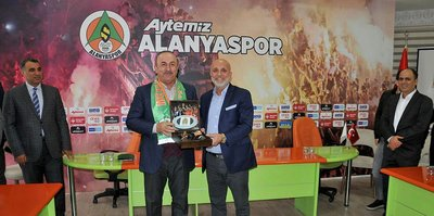 Alanyaspor'a Bakan ziyareti