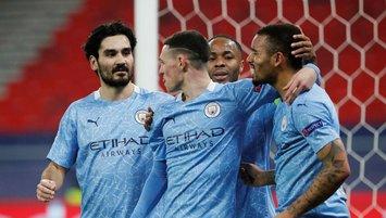 Manchester City tur kapısını araladı!