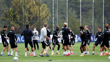Beşiktaş'ta 29 kişilik liste belli oldu! Mirin, Douglas, Boyd ve Lens...