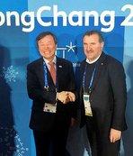 Bakan Bak PyeongChang'da açılışı izledi