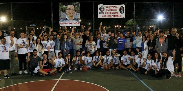 Uşak Belediyesi ve Basketbol İl Temsilciliği tarafından bu yıl üçüncüsü düzenlenen ve vefat eden klasman gözlemcisi Nuri Bayraktutanın isminin verildiği sokak...