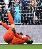 Tottenham Lloris ile ilgili açıklama yayınladı: Dirseği...