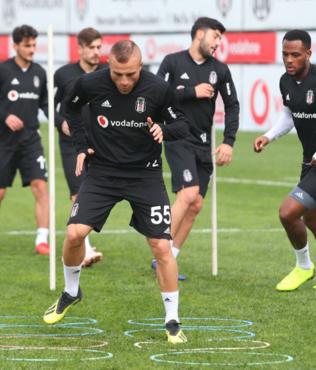 Beşiktaş'ta Genk maçı hazırlıkları başladı
