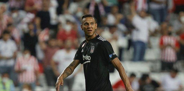 Son dakika spor haberi: Antalyaspor Beşiktaş maçı sonrası Josef de Souza'dan takım arkadaşlarına övgü! - Fotomaç