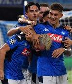 Eljif Elmas'lı Napoli son şampiyonu yendi!