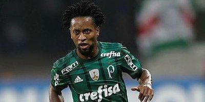 Brezilyalı Ze Roberto futbola veda etti