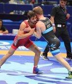 Grekoromen güreşçiler Rusya'da 4 madalya kazandı