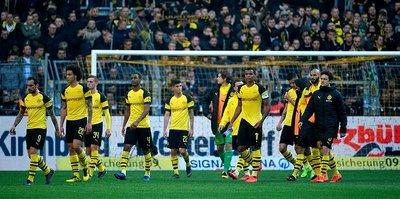 Borussia Dortmund'a şampiyonluk yarışında ağır darbe