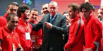 Erdoğan, milli futbolcuya telefonla kız istedi