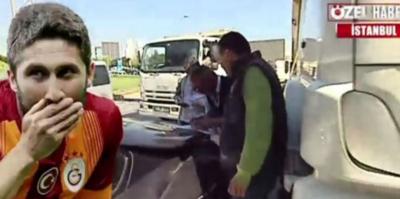 Sabri Reyis'e kamyon çarptı!