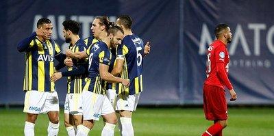 Fenerbahçe AZ Alkmaar'ı 3 golle geçti!