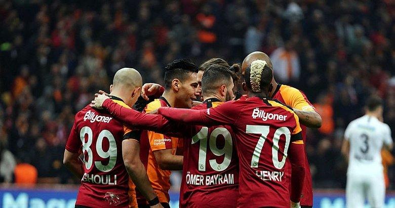 Galatasaray'da 100 milyonluk kriz! Gözler onun üstünde