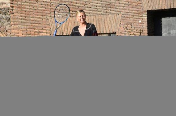 Sharapova, Kolezyum'u gezdi