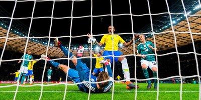 Bild'den Brezilya'ya ağır kapak!