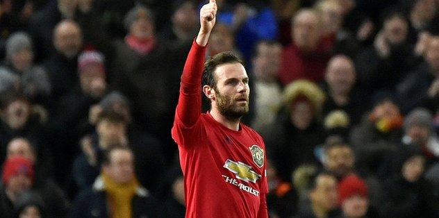 Manchester United Wolverhampton'ı tek golle geçti