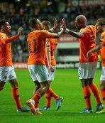 Galatasaraylı Babel'den Hollanda Milli Takımı'nda gol şov