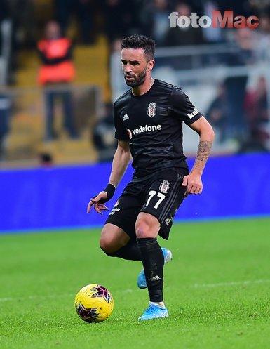 Beşiktaş'ın yıldızı transferi böyle duyurdu! Fenerbahçe'ye gidiyorum