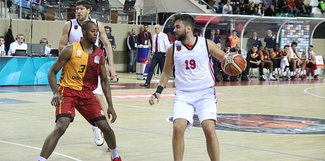 Eskişehir Basket, Galatasaray'a karşı üstün durumda