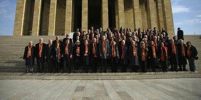 Galatasaraylılar Anıtkabir'de