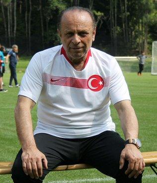 """Çaykur Rizespor Yöneticisi Zehiroğlu: """"En az 5 takviye daha planlıyoruz"""""""
