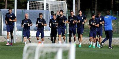 Fenerbahçe, Düzce'de ilk antrenmanını yaptı