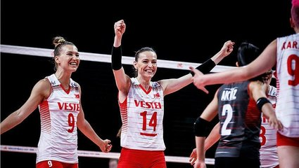 Son dakika spor haberi: A Milli Kadın Voleybol Takımı'mız Rusya'yı mağlup etti