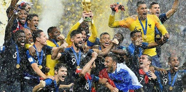 Fransa FIFA'da zirveye çıktı