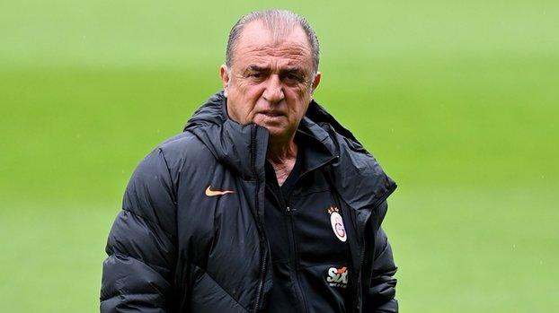 Çıkın oynayın burası Galatasaray