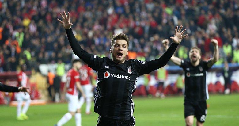 Beşiktaş'ta Adem Ljajic için mutlu son