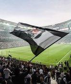 Binlerce mesaj attılar! Beşiktaş taraftarından yıldız isme transfer çağrısı