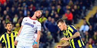 Fenerbahçe'de çifte şok! 2 yıldız cezalı duruma düştü