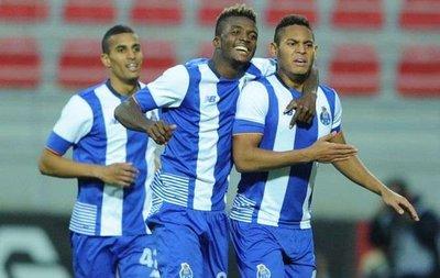 Trabzonspor'dan stopere dev kule! Porto'dan Awaziem...