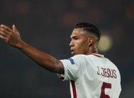 Galatasaray Roma'nın stoperi Juan Jesus için devrede