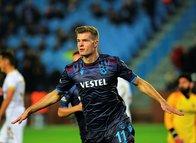 Trabzonspor'un yeni yıldızını Sörloth bitiriyor