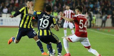 Fenerbahçe Süper Lig'in 29. haftasında Sivasspor'u deplasmanda 2-1 mağlup etti