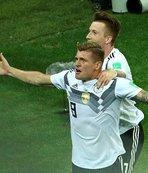 Toni Kroos ipten aldı!