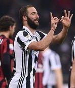 Higuain Milan'ı devirdi!