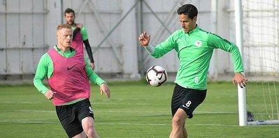 Atiker Konyaspor'da Trabzonspor mesaisi