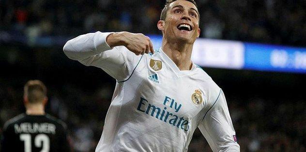 Rekorlara doymuyor! Ronaldo tarihe geçti