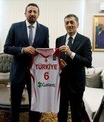 Hidayet Türkoğlu ile Milli Eğitim Bakanı Selçuk'tan işbirliği kararı