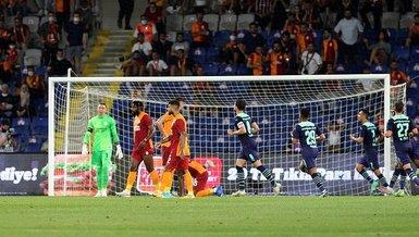 Son dakika spor haberi...Galatasaray - PSV maçında sürpriz isim: AtibaHutchinson! (GS spor haberi)