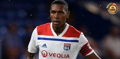 Marcelo Lyon'da istenmeyen adam ilan edildi