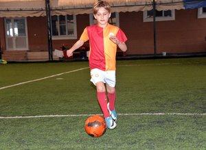 10 yaşında Galatasaray'a transfer oldu